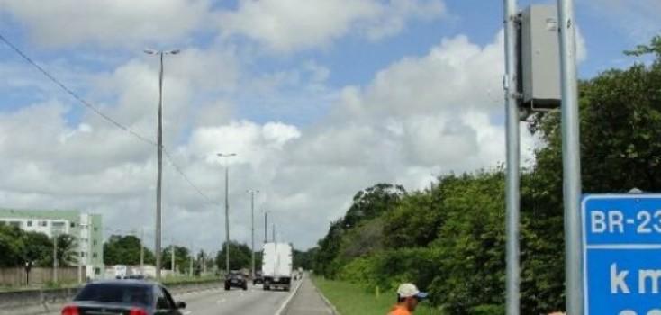 Radares podem voltar a multar em até duas semanas, diz Dnit
