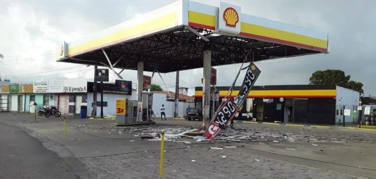 Gangue da Dinamite explode cofre de posto de combustível