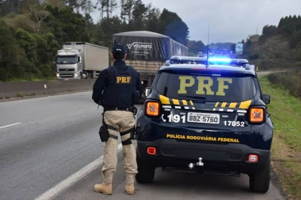 PRF registra 75 mortes e mais de mil feridos nas rodovias federais