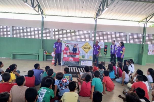 ONG ETEV volta à Escola Municipal Indio Piragibe