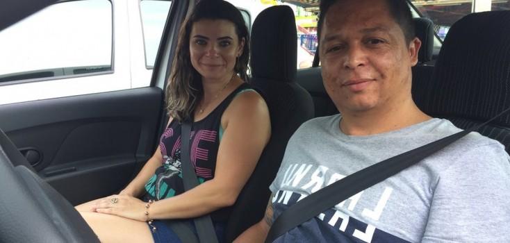 'Só nos vemos na garagem': as famílias que dividem o carro para trabalhar 24h por dia em apps de transporte