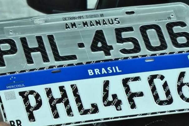 Placas no padrão Mercosul começam a ser implantadas na Paraíba nesta segunda-feira