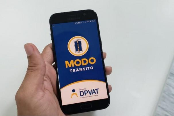 Aplicativo bloqueia ligações e mensagens para celular no trânsito