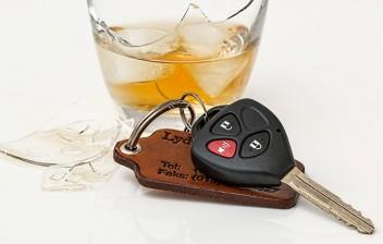 Depois de quanto tempo posso voltar ao volante após ingerir bebidas alcoólicas ?