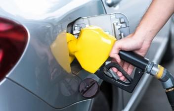Senadores não consideram viável a isenção de ICMS dos combustíveis