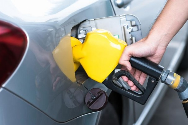 Preços dos combustíveis nos postos sobem na semana