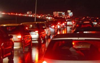Especialistas defendem educação no trânsito para mudar comportamento de motoristas