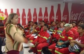Semob Cabedelo realiza palestra na Distribuidora Coca-cola