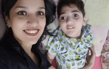 Em SP, mãe relata morte após acidente e alerta sobre 'efeito chicote'