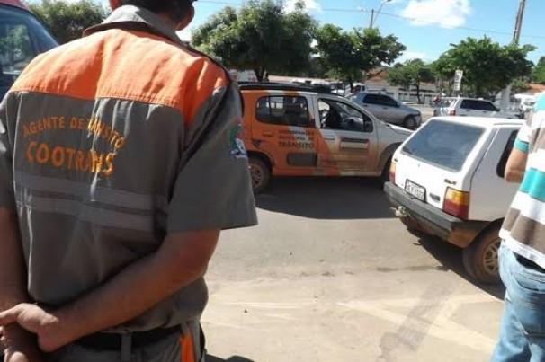 Bolsonaro inclui agentes de trânsito em novo projeto de liberação de porte de armas