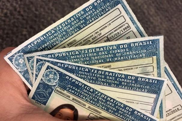 CLDF aprova CNH gratuita para pessoas de baixa renda