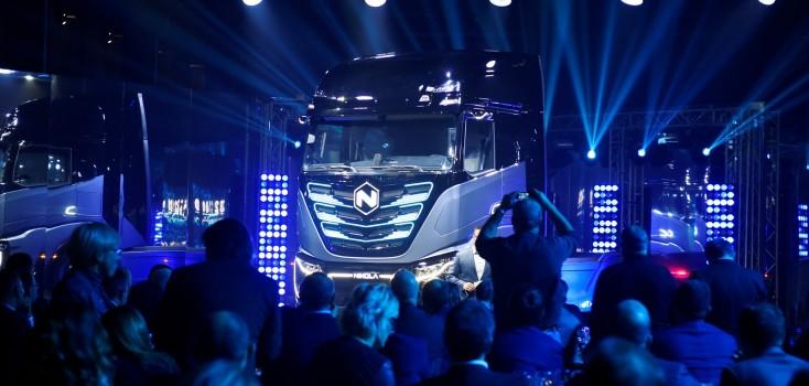 Iveco lança seu 1º caminhão elétrico em parceria com startup dos EUA