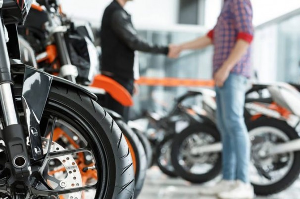 """""""Uber das motocicletas"""" começa a operar em Campinas"""