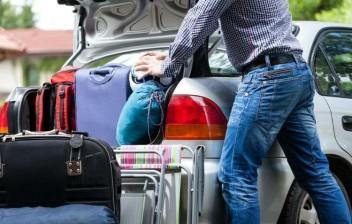 Bagagens mal acomodadas ou em excesso no carro são risco na estrada