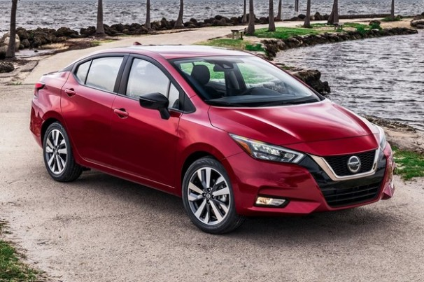 Nissan reduzirá modelos e fechará fábricas até 2023
