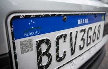 Placa Mercosul é do veículo não do proprietário