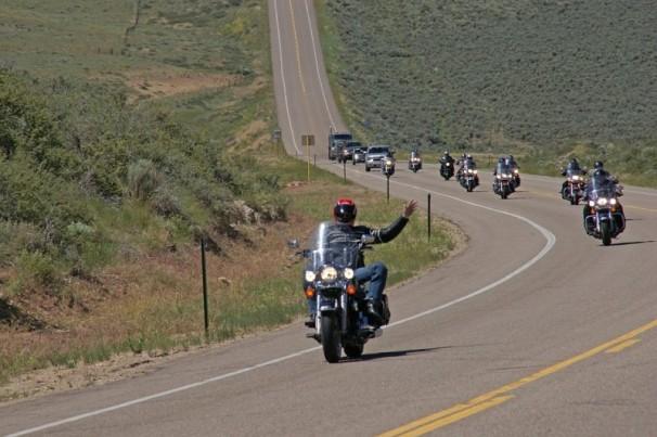 Vai viajar de moto? Cuidado com as infrações