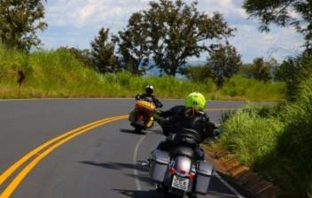 Como transportar carga na moto de maneira correta