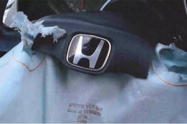 Honda anuncia morte de motorista brasileiro que ignorou recall de airbag