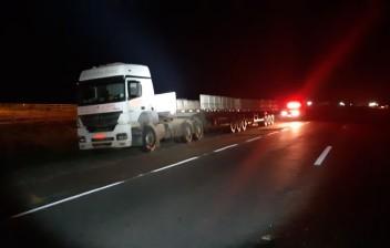 Carreta carregada de cerveja roubada em Pernambuco é encontrada sem a carga na Paraíba