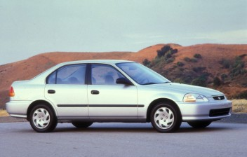 Honda chama 35 mil carros de 4 modelos para desativar airbag do motorista