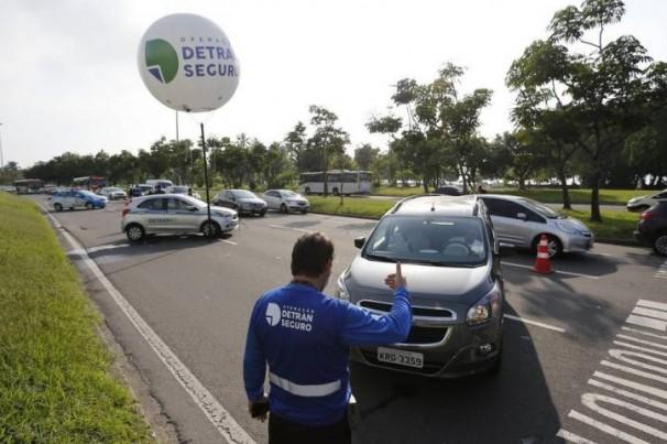 Detran-RJ: Operação Detran Seguro aumenta fiscalização no verão e no Carnaval