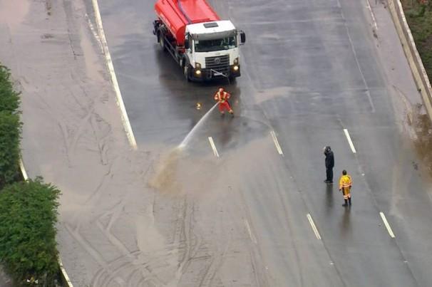 São Paulo: Sem alagamentos nas Marginais e Linha 9 da CPTM opera com velocidade reduzida