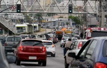 Quais leis de trânsito estão suspensas neste momento?