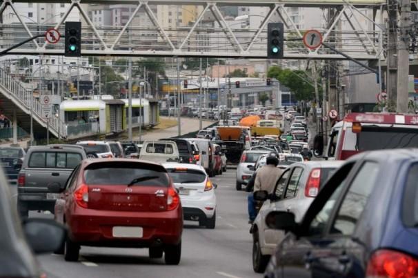 Fiscalização em veículos identificará pessoas com sintomas