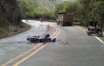 12 mil motociclistas morrem por ano em acidentes no Brasil