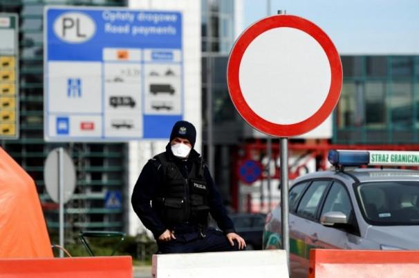 Alemanha restringe trânsito fronteiriço com cinco países