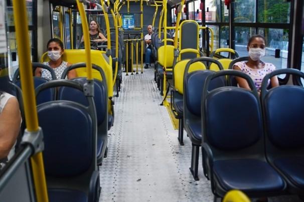 Higienização no 'Transporte Saúde' em João Pessoa