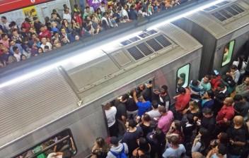 Quais os riscos de usar trens e metrô com a epidemia?