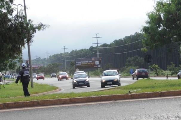 Queda de 45% no número de veículos nas rodovias do DF