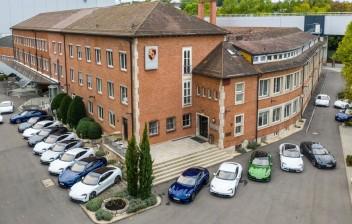 Porsche suspende produção de veículos por causa do Covid-19