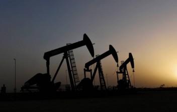 Barril de petróleo cai a US$ 25 nos EUA