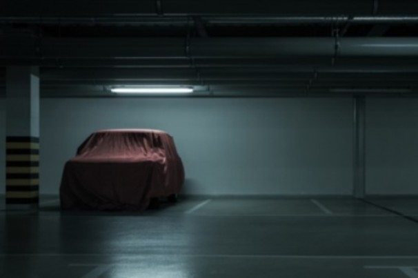 Carro parado: o tanque deve ficar cheio ou vazio?