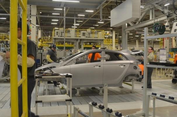 Hyundai suspende contratos de trabalho em fábrica