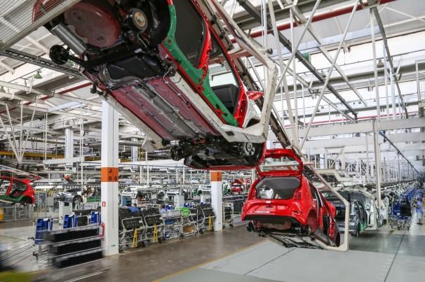 VW anuncia acordo sobre redução de jornada de trabalho