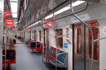 Sistemas de metrô e trem do país registram queda