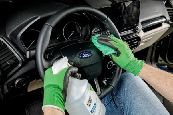 Ford lança serviço de desinfecção veicular