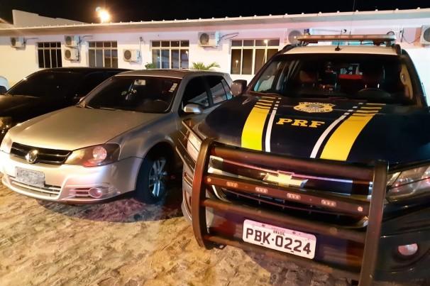 PRF recupera veículo roubado que estava clonado