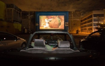 Cinemas drive-in se multiplicam no Brasil