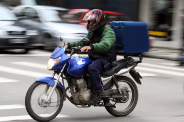 Aumenta delivery em CG e as imprudências no trânsito