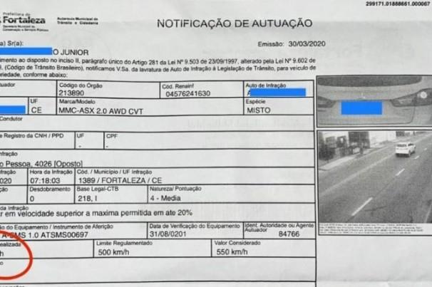 Motorista recebe notificação de multa a 620 km/h