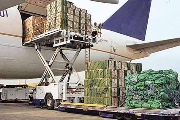 Transporte de carga aérea despenca 48%