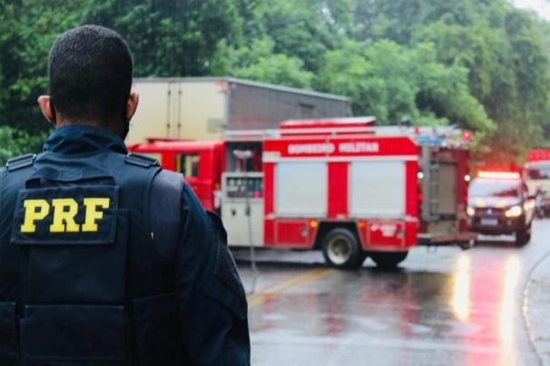 Dicas da PRF para evitar acidentes no período chuvoso