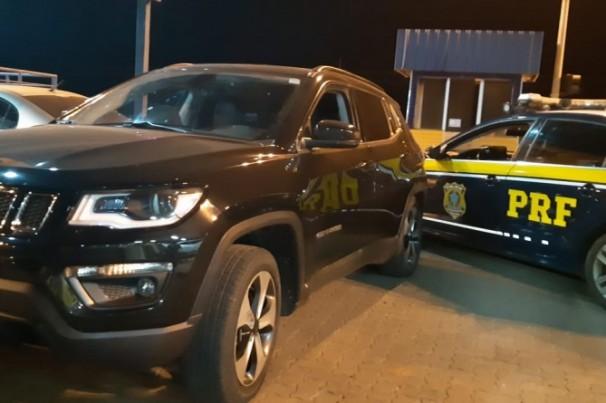 PRF apreende Jeep Compass clonado em Uberlândia (MG)
