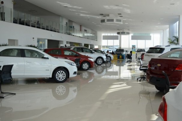 Setor de carros usados esboça aumento nas vendas