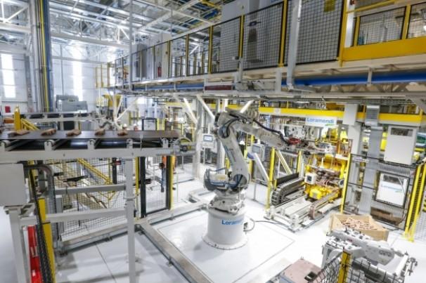 Renault vai cortar 15 mil postos de trabalho no mundo
